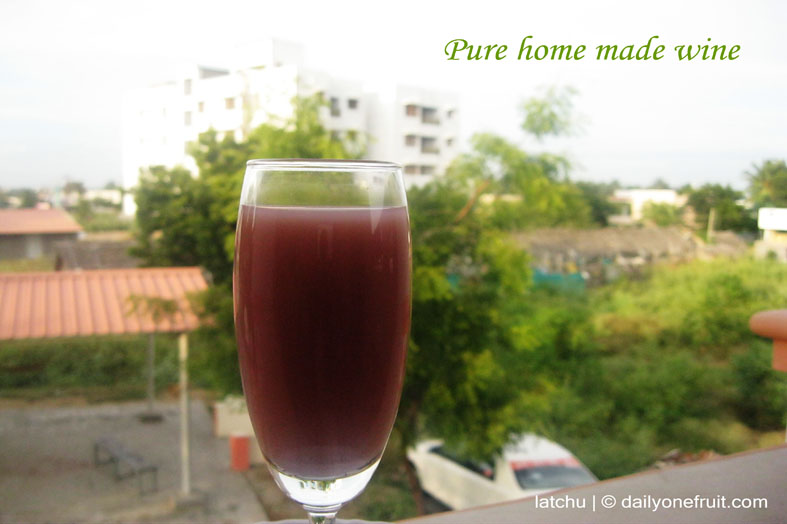 How to Prepare Pure Homemade Black Grapes Wine