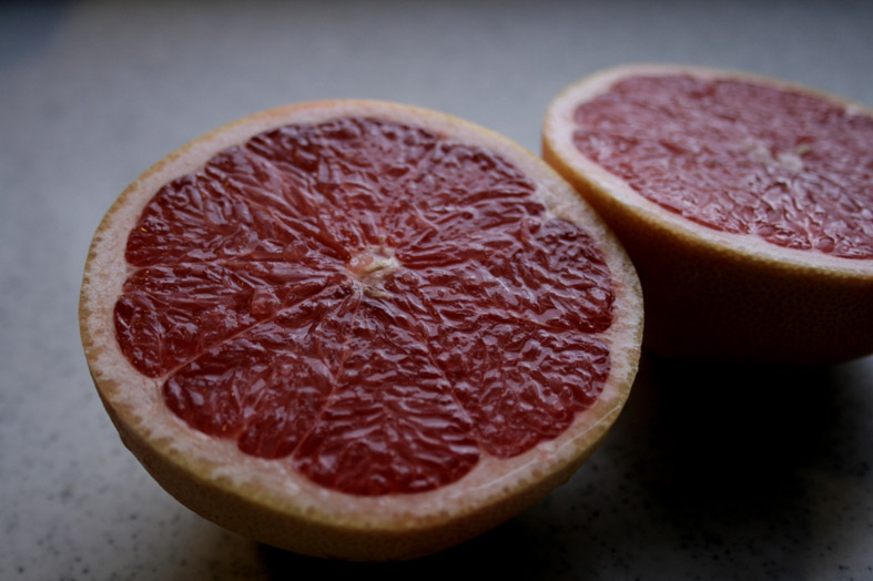 GrapeFruit Health Benefits, Facts, Research